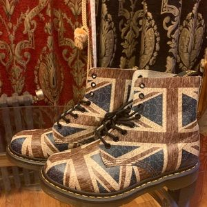 Doc Martens | British Flag Design